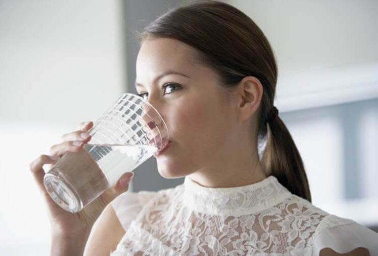 Thời điểm uống nước đúng cách có lợi cho tim