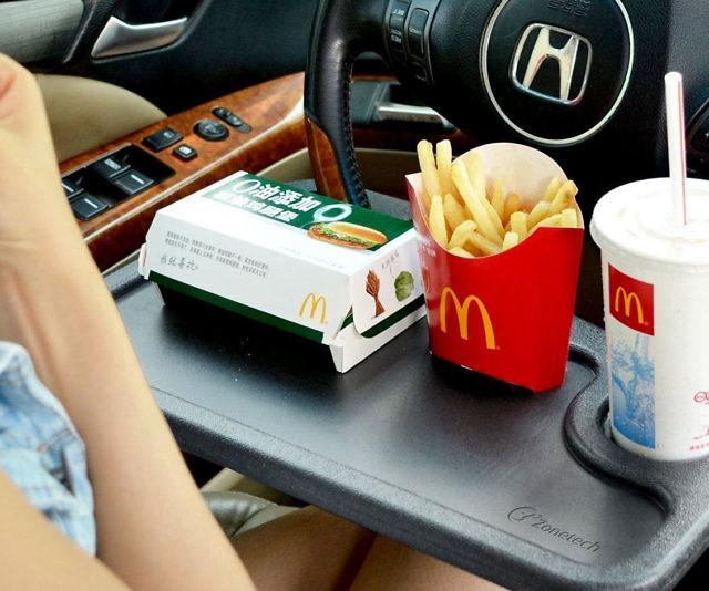Bữa ăn tuyệt vời ngay trên xe