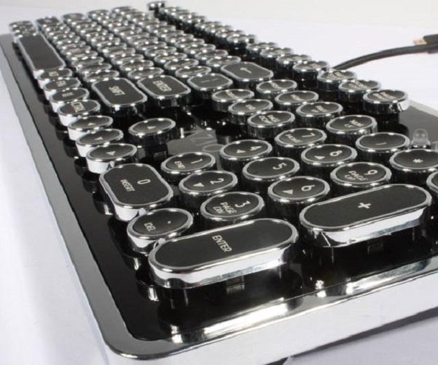 Keyboard không lo đụng hàng