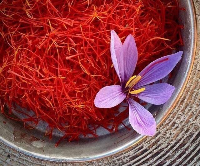 Nhụy hoa SAFFRON thiên nhiên diệu kỳ
